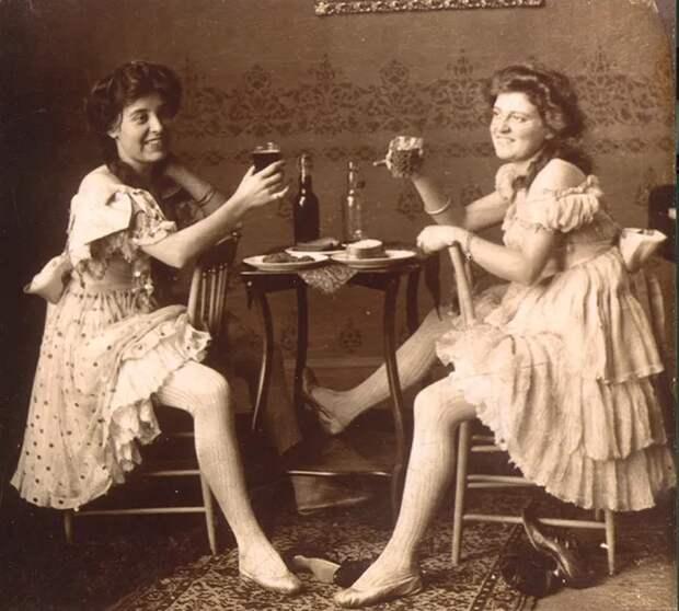 Алкоголизм и лечение ртутью: как жили женщины в русских публичных домах XIXвека