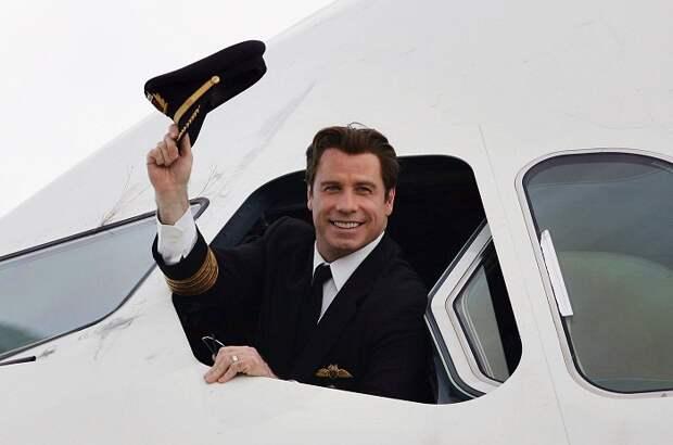 На самолете к парадной, или Как обустроил свой дом-аэропорт Джон Траволта