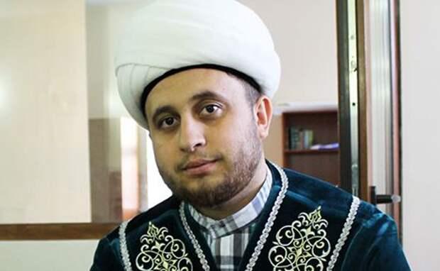 «Нес раненого братишку»: имам рассказал оподвиге сына при стрельбе вКазани