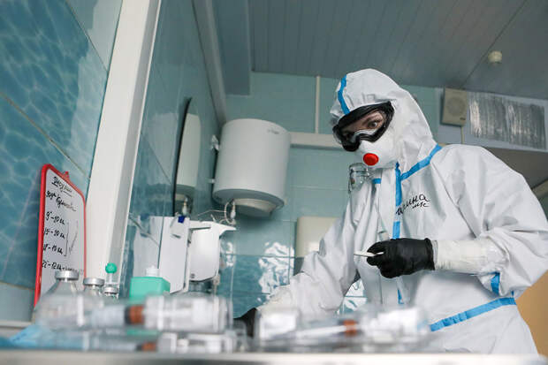 В России за сутки выявлено 10 565 новых случаев коронавируса