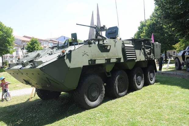 Pandur II: бронетранспортёр родом из Австрии