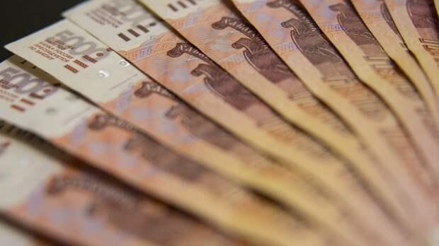 Семьям погибших при стрельбе в казанской гимназии выплатят по миллиону рублей