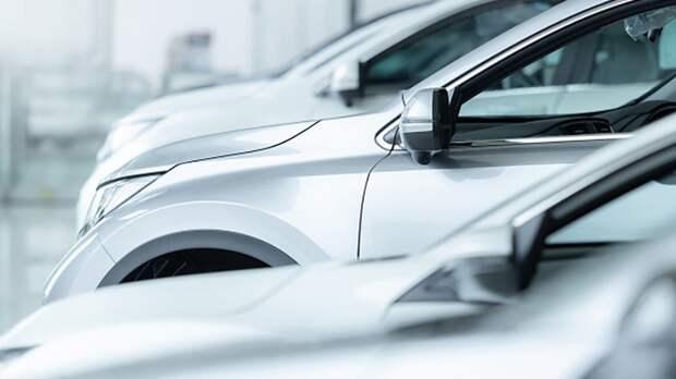 Автомобили могут подорожать в России на фоне изменения курса валют