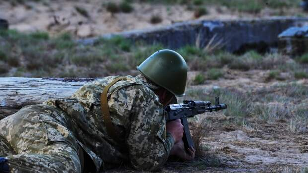 """Украинский военный пенсионер рассказал о """"рабстве"""" в рядах ВСУ"""
