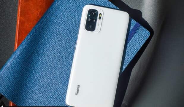 Бюджетный хит от Xiaomi на мощном Snapdragon с экраном Super Amoled и стереозвуком дешевле 14к рублей