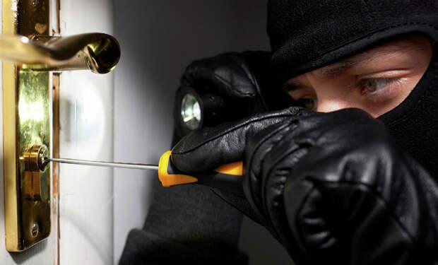 Эксперты-криминалисты назвали 5 способов обезопасить квартиру от взлома