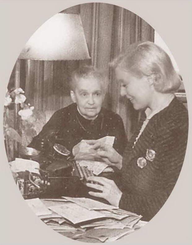 Любовь Орлова: Яркие эпизоды жизни актрисы в иллюстрациях и фото.