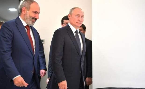 Владимир Путин и Никол Пашинян обсудили по телефону обстановку на армяно-азербайджанской границе