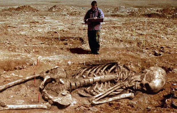 Атланты и лемурийцы, гигантские останки запретной археологии