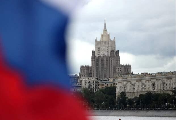 Почему список недружественных России стран короткий