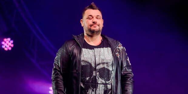 Сергей Жуков из «Руки Вверх!» спел дуэтом с блогершей Клавой Кокой (ВИДЕО)