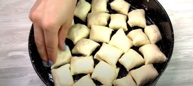 Минутный пирог, готовится за несколько минут. Навряд ли кто устоит: мой любимый дежурный рецепт