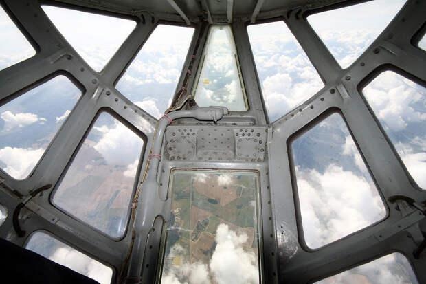 """Модернизированный Ил-76 похож на СИД-истребитель из """"Звездных войн"""""""
