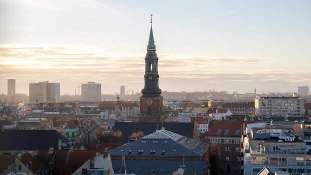Российский посол в Дании осудил идею расширения военного присутствия США в Гренландии