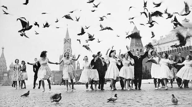 Советская оттепель в фотографиях Владимира Лагранжа