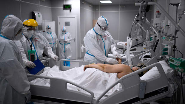 Мурашко: число осложнений после коронавируса вдвое выше, чем после гриппа