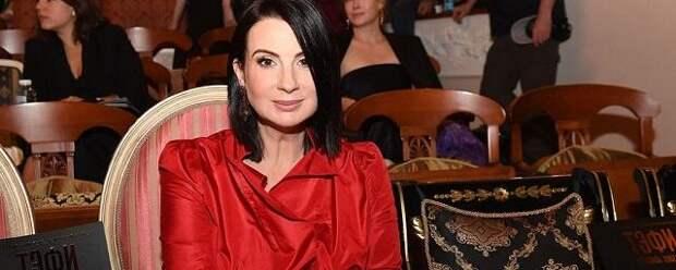 Екатерину Стриженову прооперировали после падения на съемках
