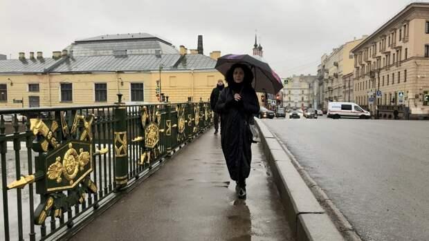 Петербуржцев предупредили о грозах в День города