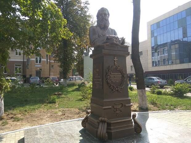Памятник Святителю Луке (Войно-Ясенецкому) – подарок дончанам от автора проекта «Аллея Российской Славы»