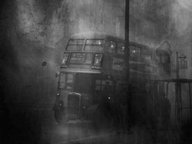 Туман, спустившийся на Лондон 5 декабря 1952, года убил 12 тысяч человек великобритания, лондон, трагедия, туман