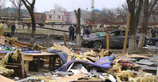 Нападение на Кизляр. Фото http://ghhauto.ru/novosti/rossiya/5702-rodndnmyh.html