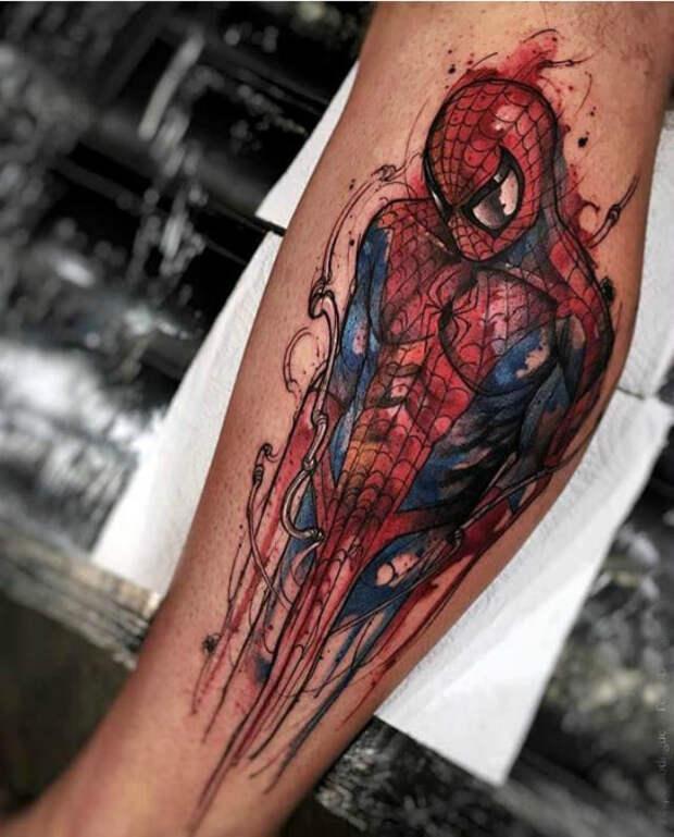 Татуировка с изображением человека-паука.