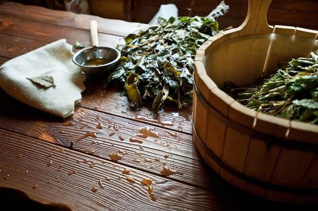Ароматная банька: рецептами травяных отваров для пара, чаев, кваса
