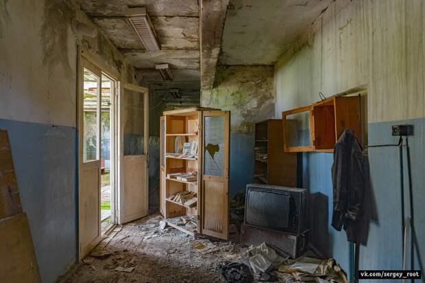 Заброшенный дом культуры в Кировской области.