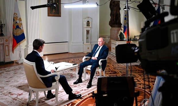 «Жалуйтесь в Международную лигу сексуальных реформ». Топ ярких фраз Путина в интервью NBC