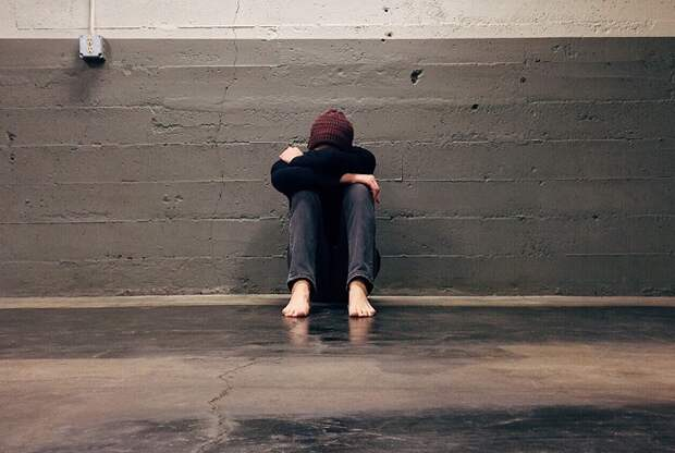 Как загнать себя в депрессию? 6 советов для тех, кто хочет попробовать в жизни все