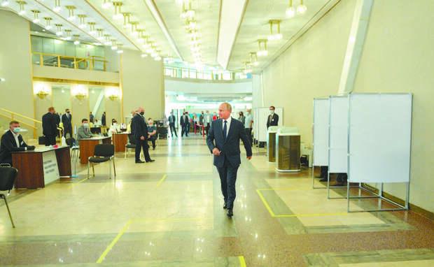 Путину вручили ключ от зоны комфорта