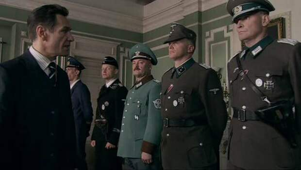Кадр из фильма «Красная капелла». /Фото: one.cinema4k.ru
