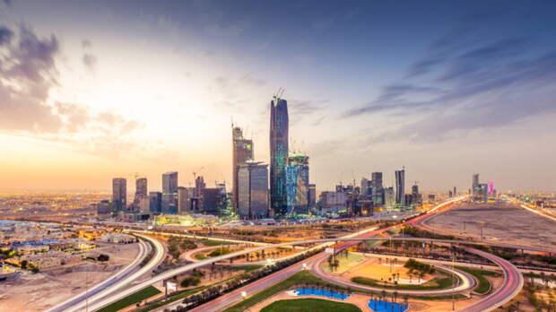 Новое ограничение для непривитых от COVID-19 решили ввести в Саудовской Аравии