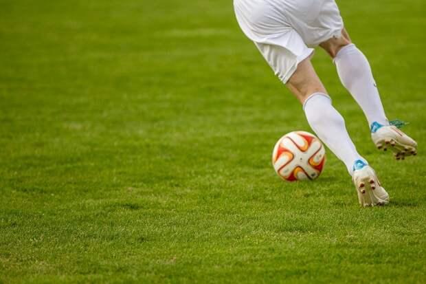 Футболисты одного из немецких клубов из-за соблюдения дистанции на поле пропустили 37 голов