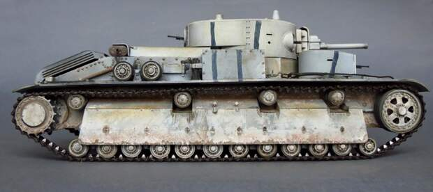 На момент своего появления Т-28 являлся сильнейшим средним танком в мире.  Модель собиралась из набора фирмы  HobbyBoss артикул 83853  война, история, своими руками