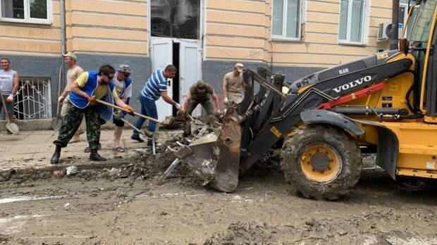 Мобильная бригада волонтеров из Белогорского района приняла участие в субботнике в Ялте