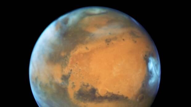 """Китайский зонд """"Тяньвэнь-1"""" успешно приземлился на Марсе"""