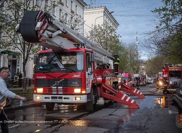 Причиной пожара в московском отеле могло стать короткое замыкание