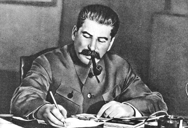VIP-опрос: что было бы, если Сталин прожил на 10 лет дольше?