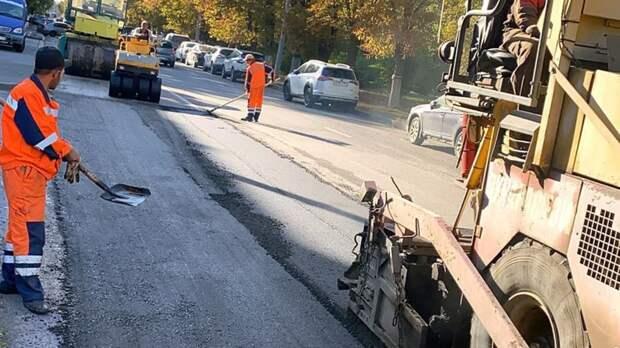 На ямочный ремонт дорог в Ростове выделили 60 млн рублей до конца 2021 года