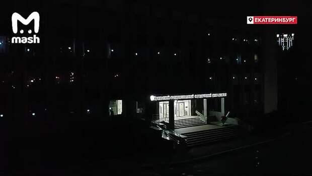 А вот что сегодня было в российских городах за 10 минут до фейерверков. В этом году к акции...