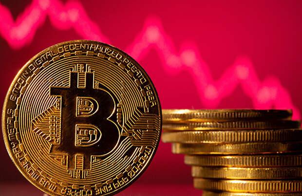 Криптовалюты отыграли часть потерь после обвала