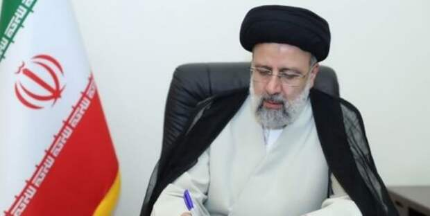 Президент Ирана призвал кукреплению отношений между Ираном иАрменией