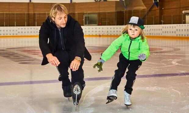 8-летний сын Плющенко отреагировал на звание самого популярного фигуриста России