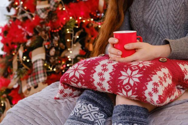 Себе и в подарок: очаровательные декоративные подушки своими руками
