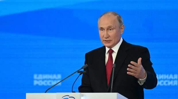 Путин заявил о необходимости наращивать темпы вакцинации от коронавируса