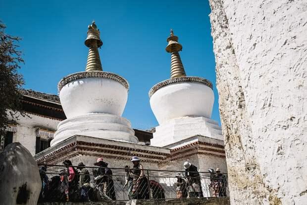 shigadze11 В поисках волшебства: Шигадзе, резиденция Панчен ламы и китайский рынок