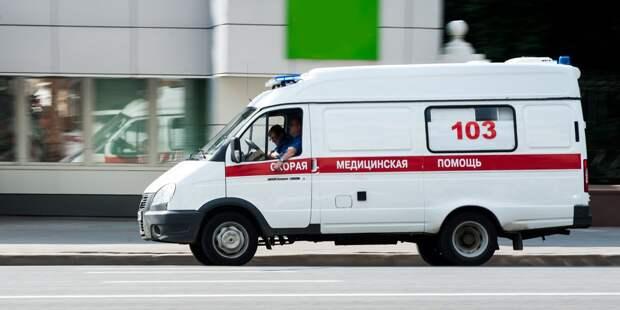 Уборщик сломал себе позвонки во время работы на Выборгской улице