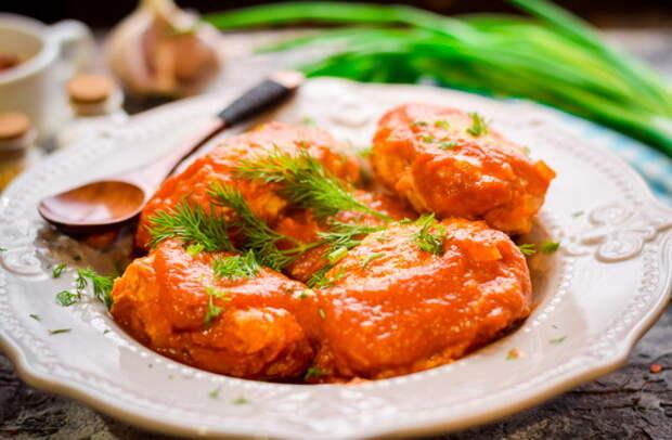 Ленивые голубцы в духовке в томатном соусе пошаговый рецепт с фото ...