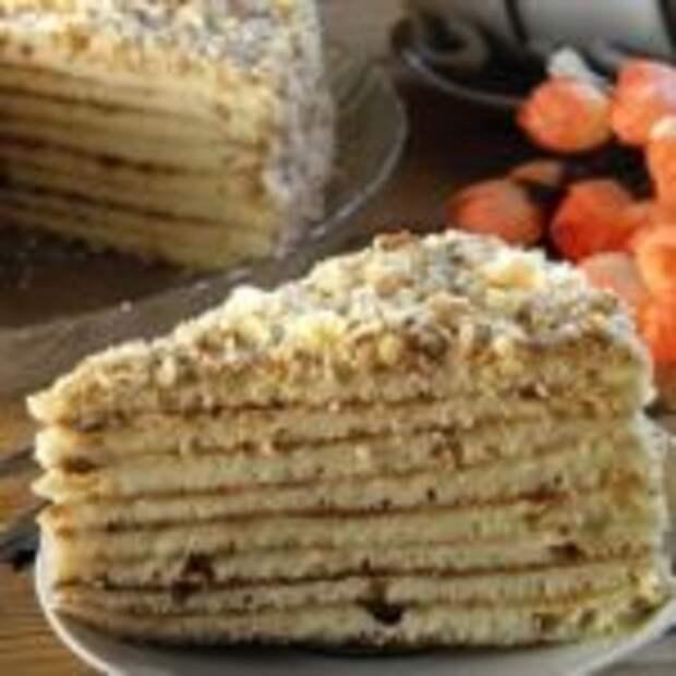 Быстрый торт на сковороде со сгущенкой и сметанным кремом